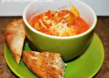 Crock Pot Creamy Tomato and Tortellini Soup