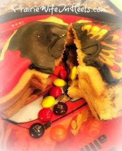 Pinata Cookie Open